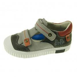 D.D.Step félig nyitott cipő
